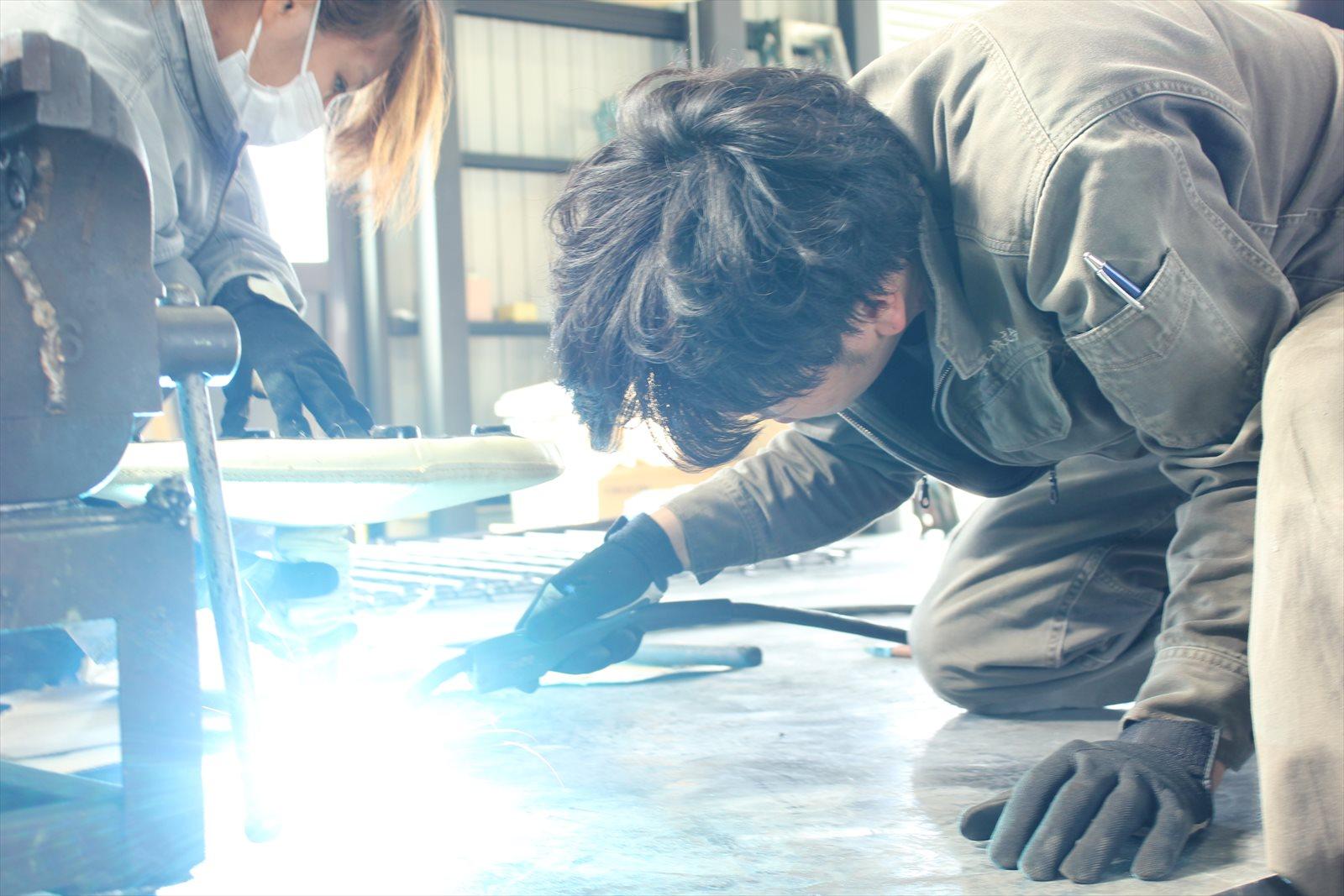 鉄製品だけに限らず従来の豊岡溶工のお仕事もこなす